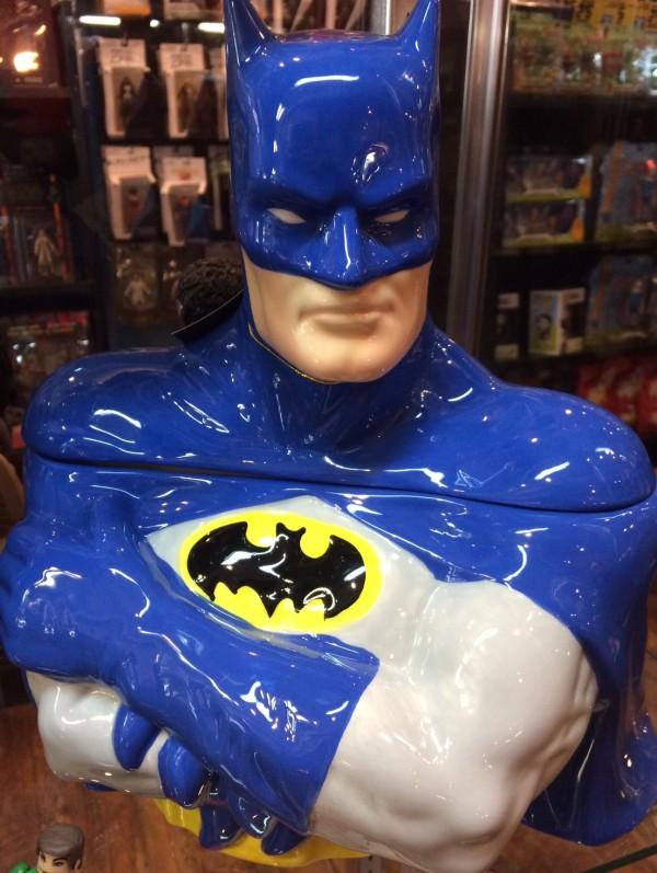 Entertainment Earth Batman Cookie Jar